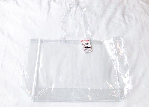透明のビニールバッグ